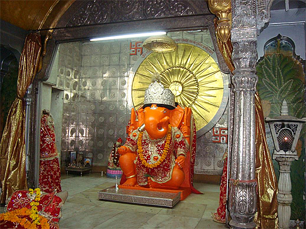 Best Latest Original God Moti Doongri Ganesh Ji HD Images for free download