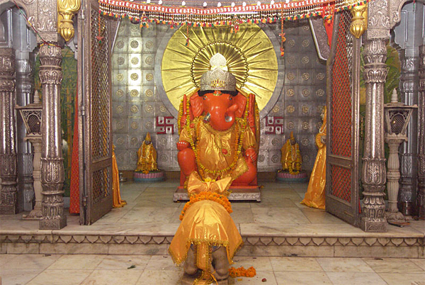 New Real Lord Moti Doongri Ganesh Ji Temple HD Wallpapers for free download